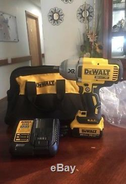 DEWALT 20v Max Cordless High Torque Impact Wrench Kit