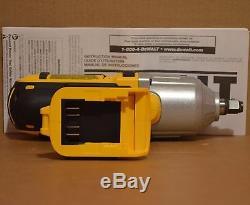 DEWALT DCF889H 20V Max Cordless 1/2 Impact Wrench Hog Ring (400ft-lbs)+ Kit Bag